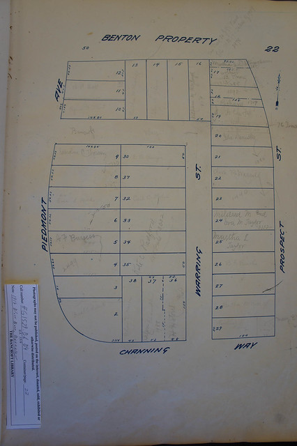 1914 block book showing makeup of neighborhood