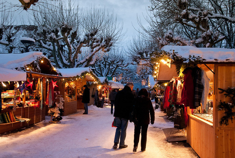 Christmas market in Konstanz, Germany. Credit LenDog64