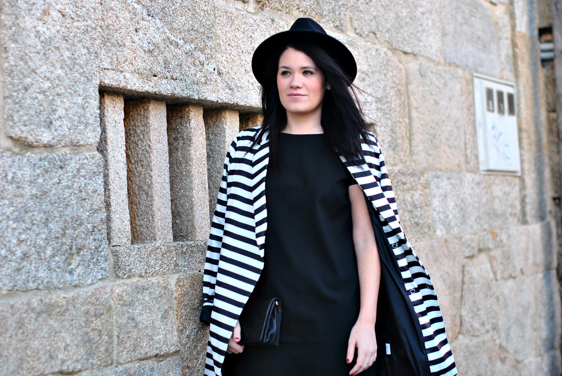 20151228-shein-black-white-coat-05