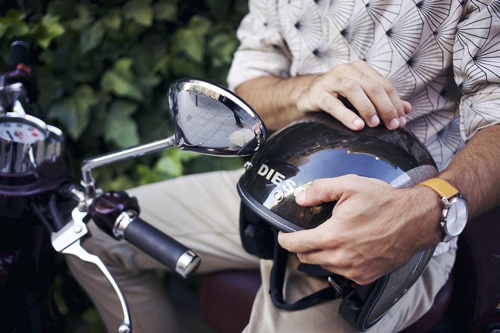 _miguel_carrizo_manlul_louboutin_shoes_bag_batabasta_shirt_calvin_glein_watches_ray_ban_diesel_helmet_