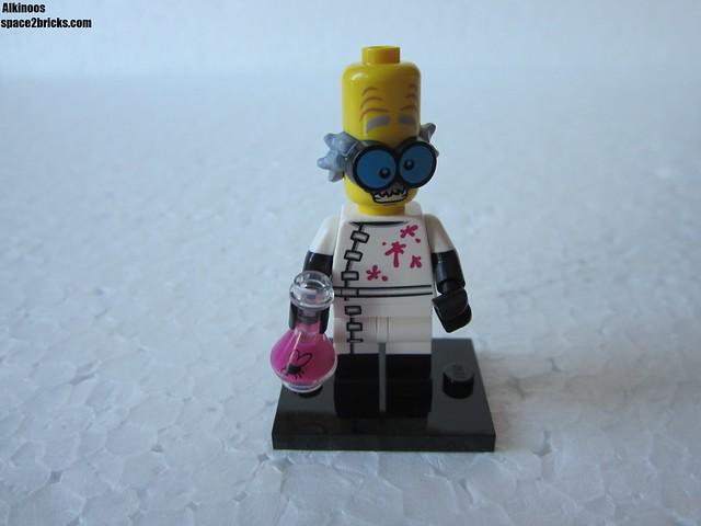 Lego Minifigures S14 savant fou p1