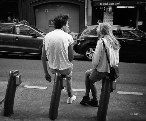 street discussion