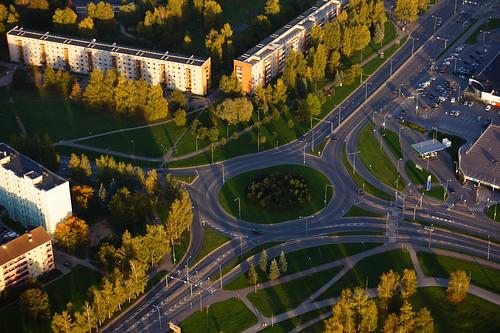 europe estonia sundown roundabout aerialview eesti tartu estland commieblock loojang sunsetporn photoimage sooc sonyalpha ringtee tartumaa sonyα geosetter geotaggedphoto nex7 фотоfoto year2015 selp1650