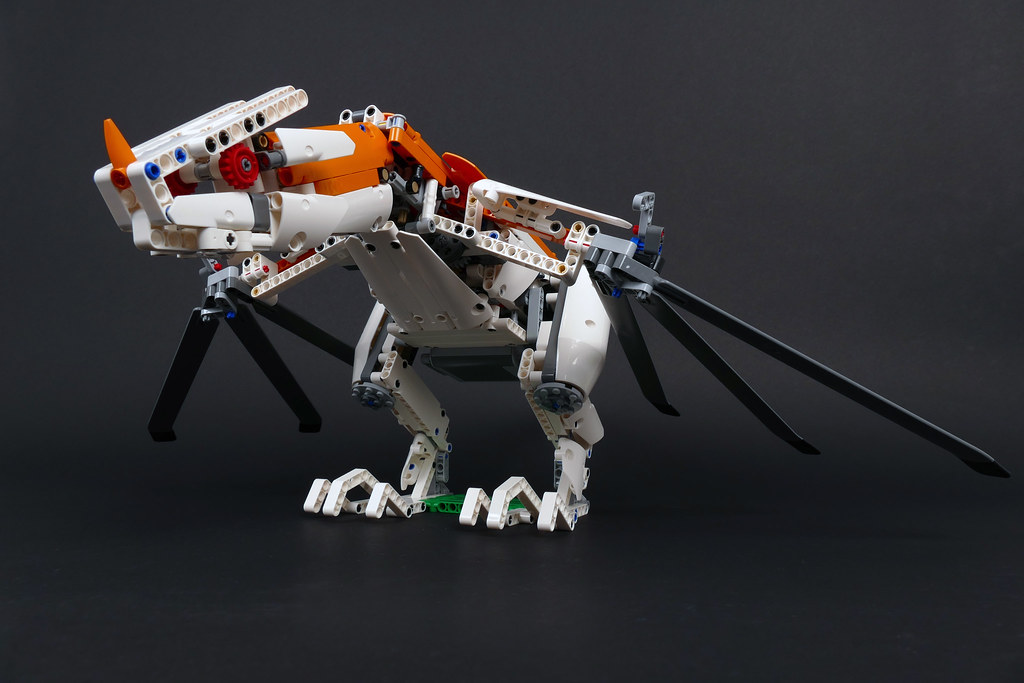 Wyvern - LEGO Technic 42052 Alternate MOC