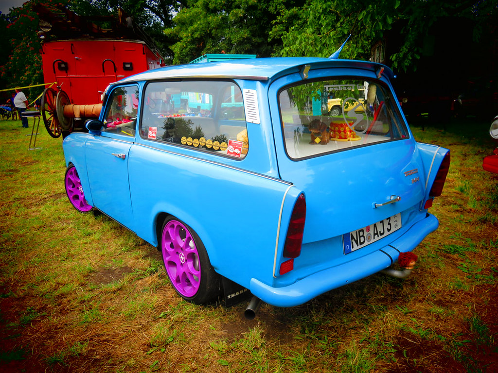 neubrandenburg vier tore fest 2015 trabant 601 universal kombi tuning a photo on flickriver. Black Bedroom Furniture Sets. Home Design Ideas
