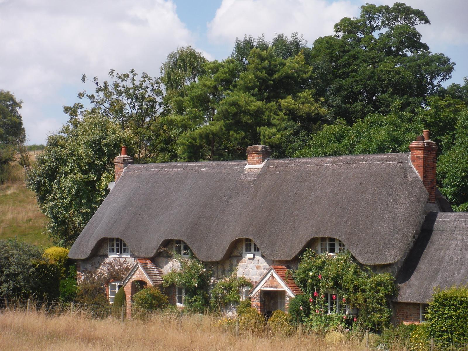 House in Lockeridge SWC Walk 255 Pewsey or Marlborough Circular via Avebury