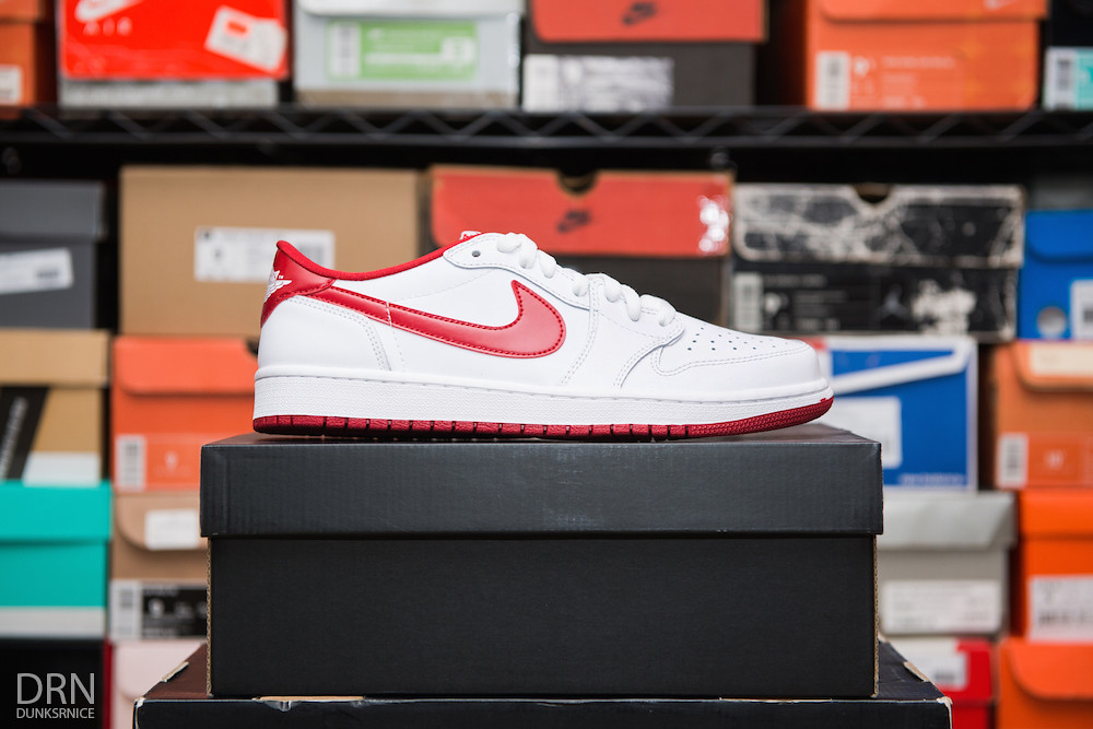 2015 White & Red Low I's.