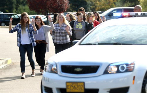 huffingtonpost: Guns Kill An Average Of 36 People Every Day, And The Nation Doesn't Even Blink The nation was once again confronted with the horror of a deadly school shooting on Thursday, this time a massacre at a community college in Roseburg, Oregon. A