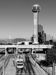 DART train & Reunion Tower