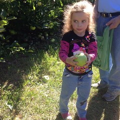 Ashlin found a big #Apple too. This one, she didn't eat.