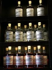 WineShine Bottle shelf