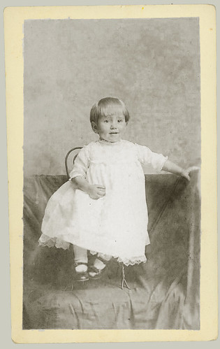 RPPC Small child in a chair