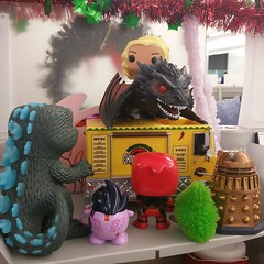 hey lady! you can't park up there! #goji #deadpool #pinkiepie #alfiethemartianchicken #dalek #daenerysanddrogon
