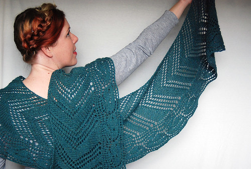 Do Stuff New Pattern Galax Shawl In Interweave Knits Gifts Issue