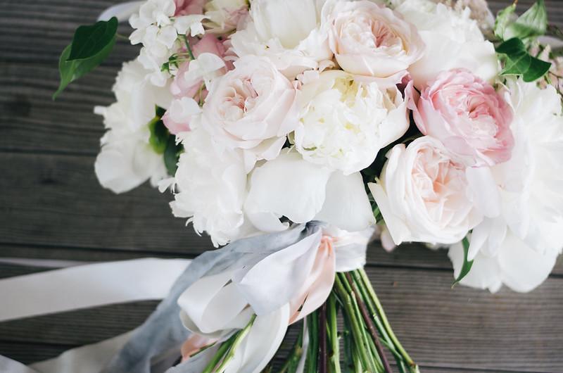 Blush Pink Bouquet on juliettelaura.blogspot.com