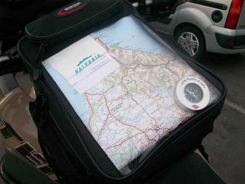 Mapa e compás