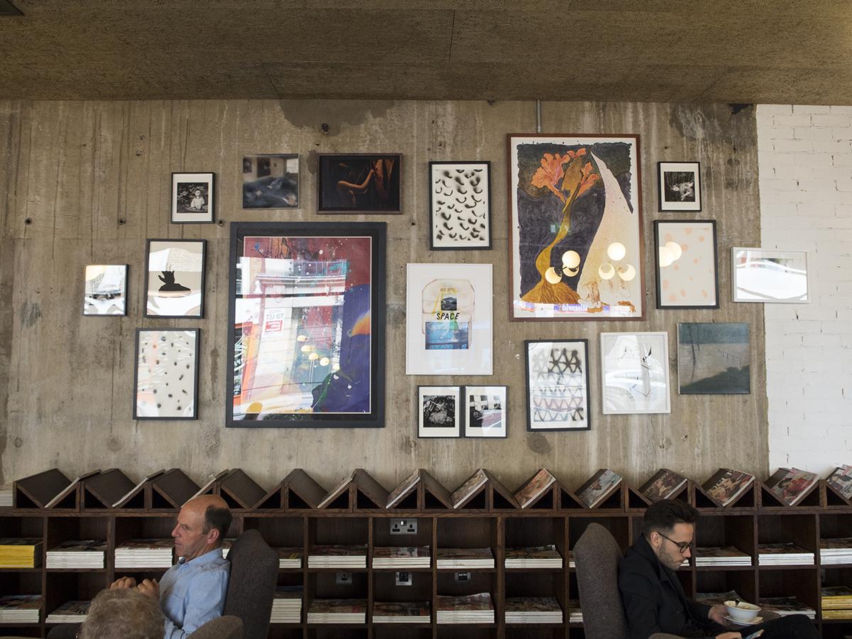 gallery-wall-hoxton-hotel-london