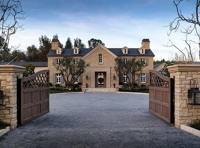 Kim Kardashian και Kanye West: ρίξτε μια ματιά στο σπίτι τους όνειρο!