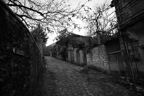 winter bw mountain digital walking landscape blackwhite village country greece canon5d canon17404l evrtitania