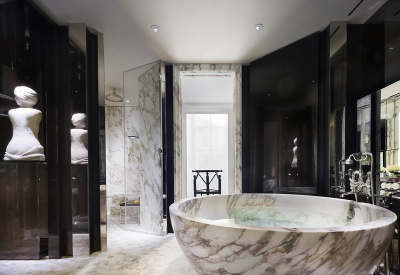 The-Rosewood-London-bathroom