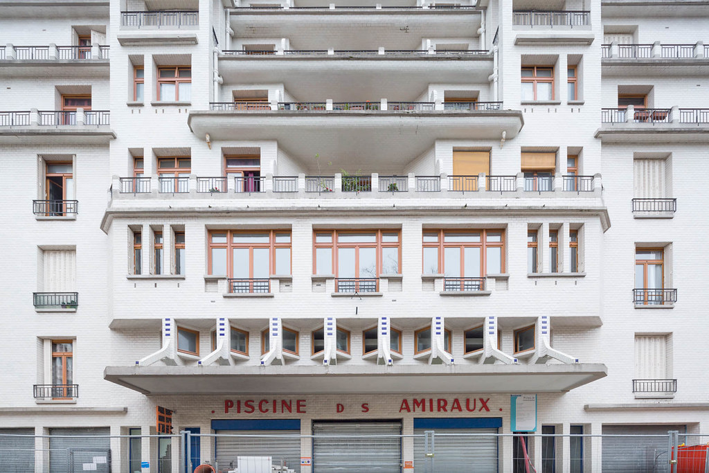 Henri Sauvage Apartment Building And Swimming Pool Rue D Flickr