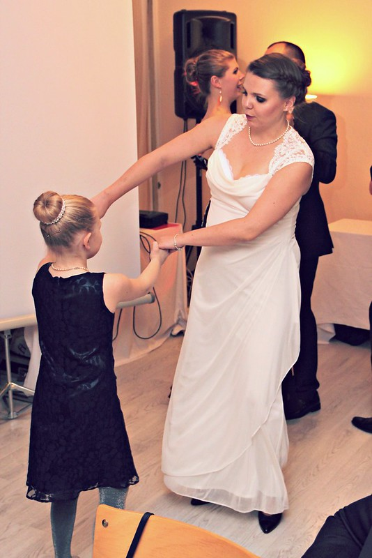 Jenni dancing at the wedding