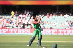 Mahmudullah giving a flying kiss in adilade after a great century against england