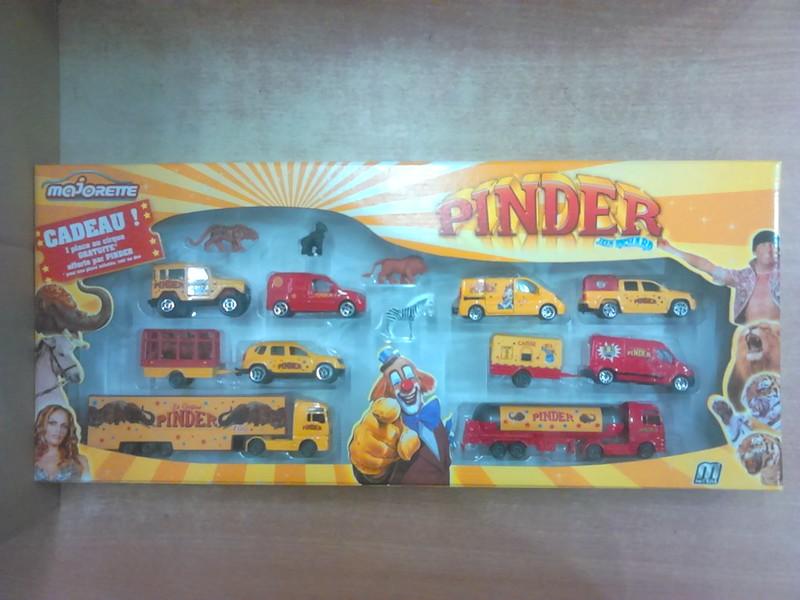 Pack Pinder. 21348791102_0159f98a18_c