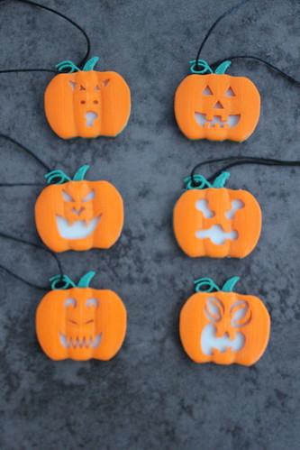 3D Printing - Glowing Pumpkin Pendant - Face Options