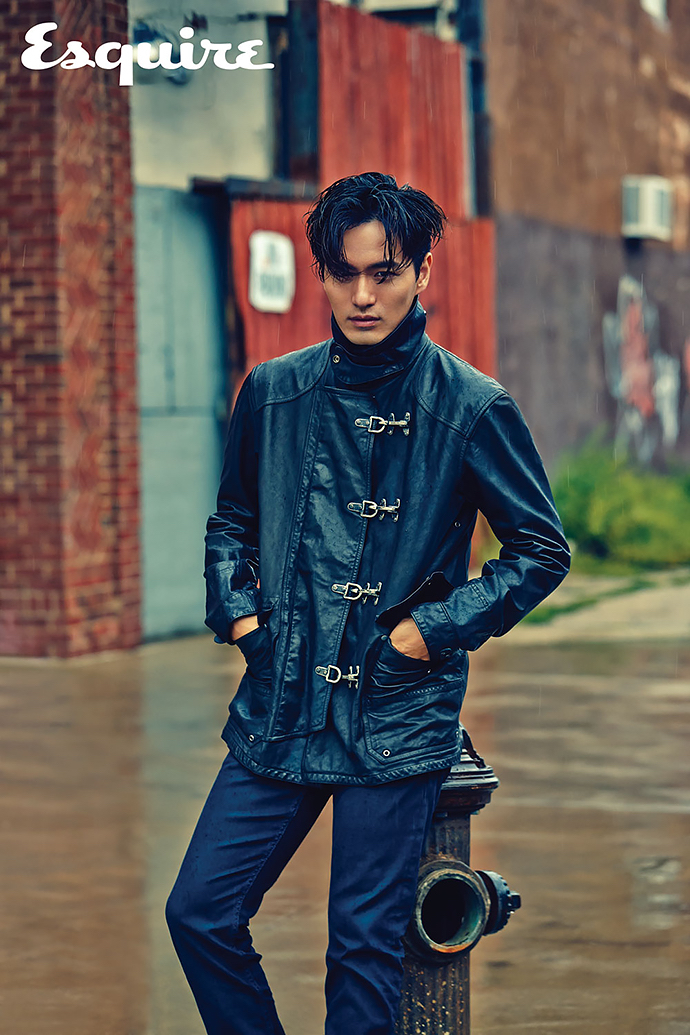 Lee-Jin-Wook-Esquire-Korea-October-2015-Photo-Shoot-002