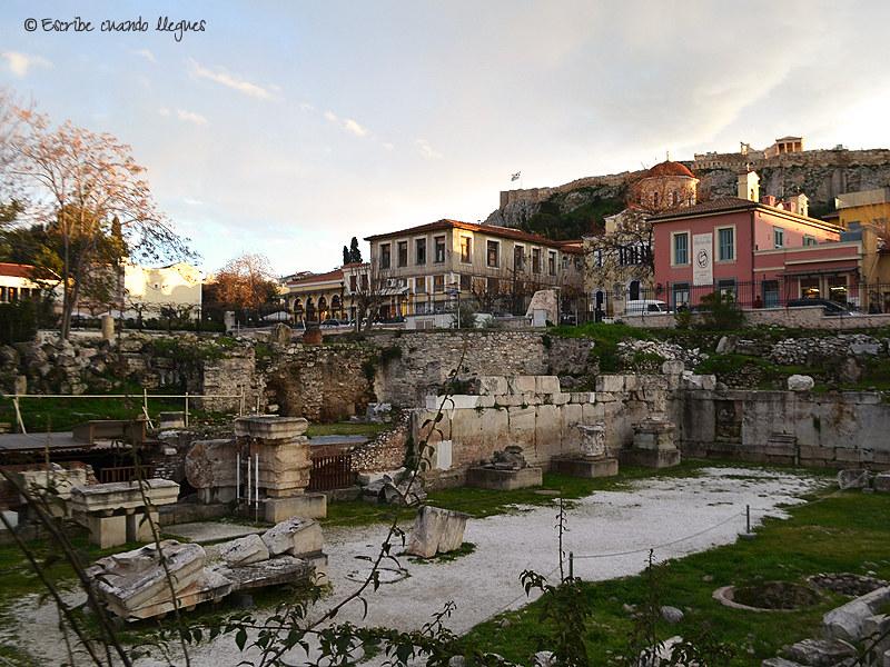 La Biblioteca de Adriano fue un regalo del emperador romano Adriano a los atenienses