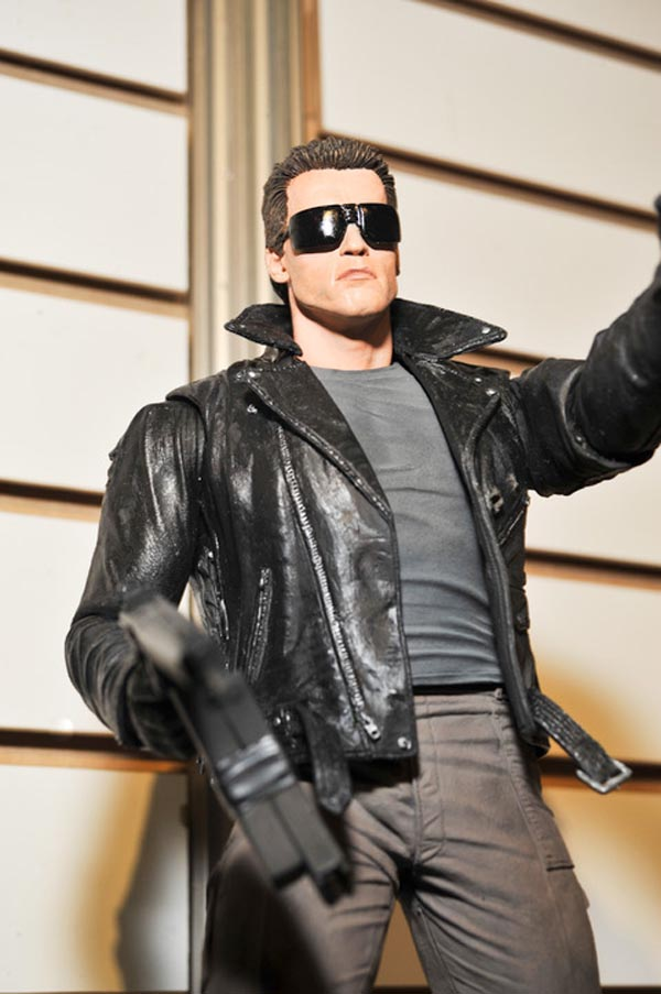 terminator-police-station-assault-t-800-neca-toy-fair-2011-02_480_poster