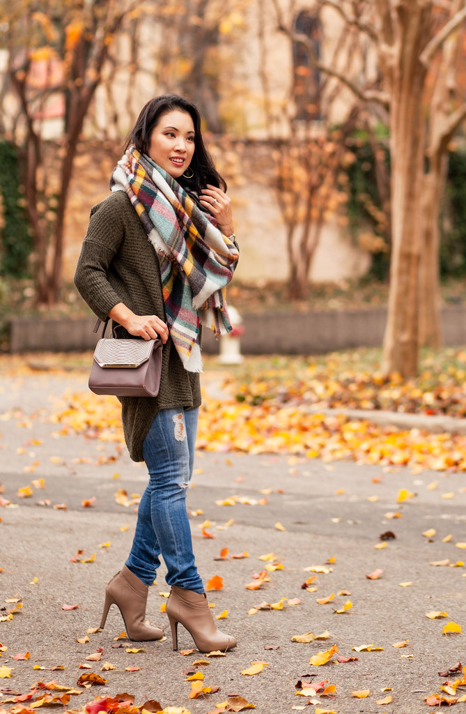 cute & little blog | petite fashion | express olive green marled tunic sweater, ag distressed jeans, plaid blanket scarf, 88 handbags python crossbody | fall winter outfit