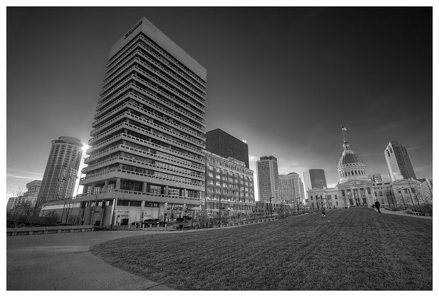 Luther Ely Smith Plaza 2015-12-05 2