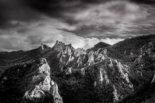 srednjivelebit dabarskikukovi croatia velebit lika clouds mountain forest blackandwhite drama