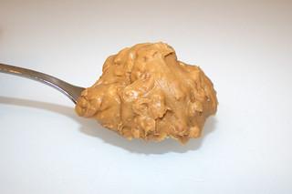 08 - Zutat Erdnusscreme mit Stücken / Ingredient crunchy peanut cream