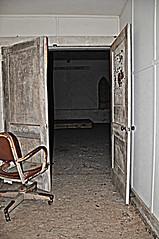 Abandoned 013-001