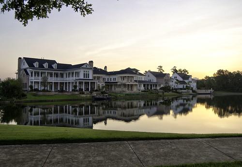 house lake sunrise dawn woodlands texas houston goldenhour thewoodlands