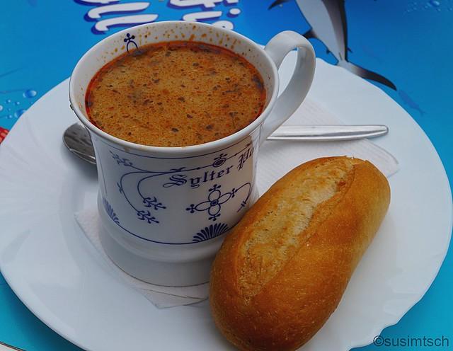 Salatkogge Fischsuppe1