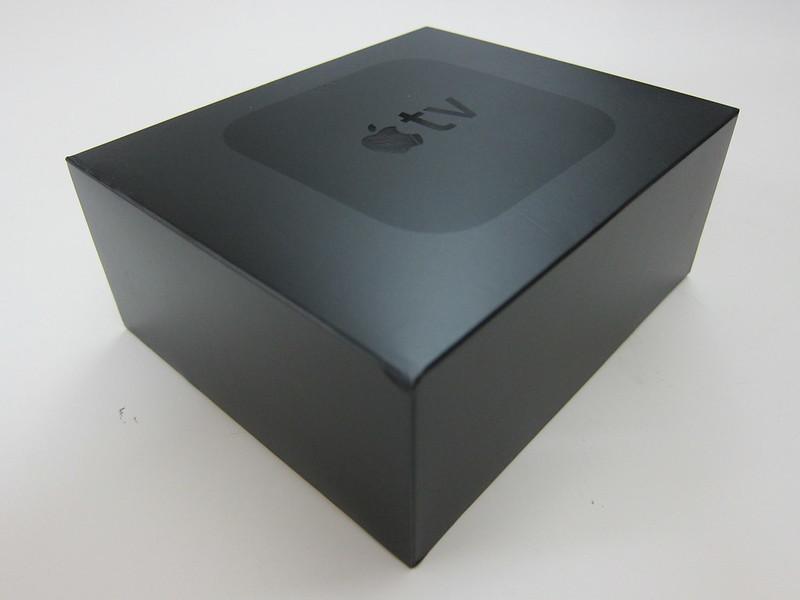 Apple TV (4th Generation) - Box