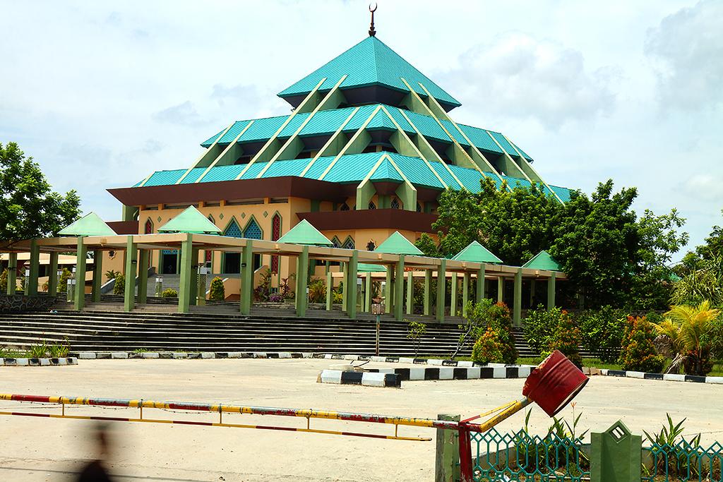 Raya Batam Mosque--Batam 2