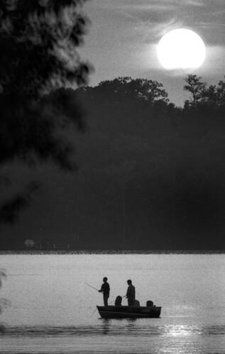 sunset summer blackandwhite minnesota landscapes fishing gulllake chainoflakes lakesregion theminnesotaproject myblackwhiteimages