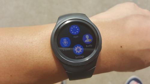 User Interface ของ Samsung Galaxy Gear S2