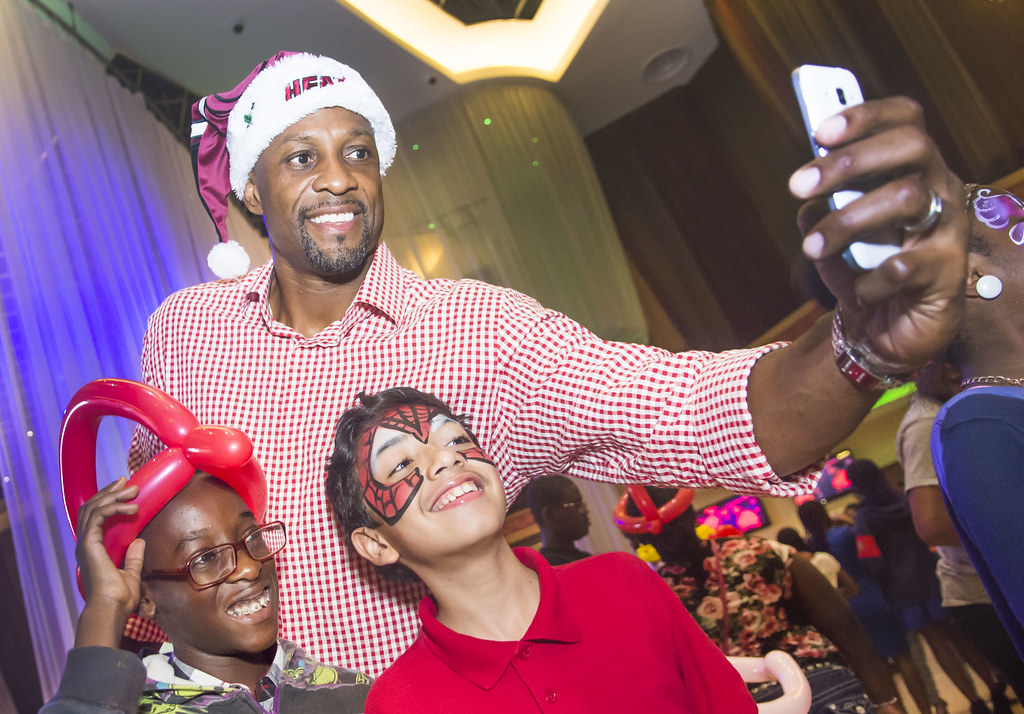 161-MFF_HolidayParty2015