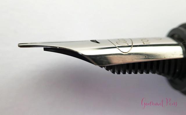 Review Conklin Duragraph Fountain Pen - 1.1 mm Stub @GouletPens (11)