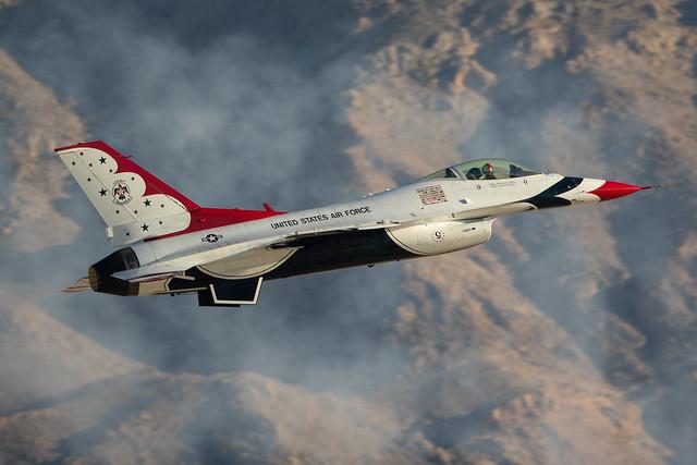 Thunderbirds at Nellis, Canon EOS 7D MARK II, Canon EF 500mm f/4L IS II USM