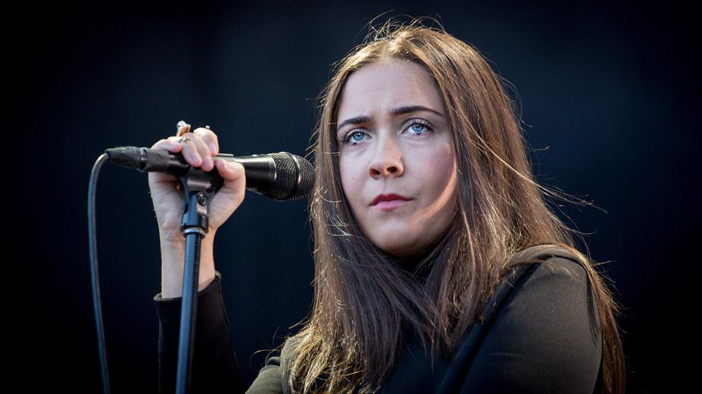 Emilie Nicolas - Øyafestivalen 2015
