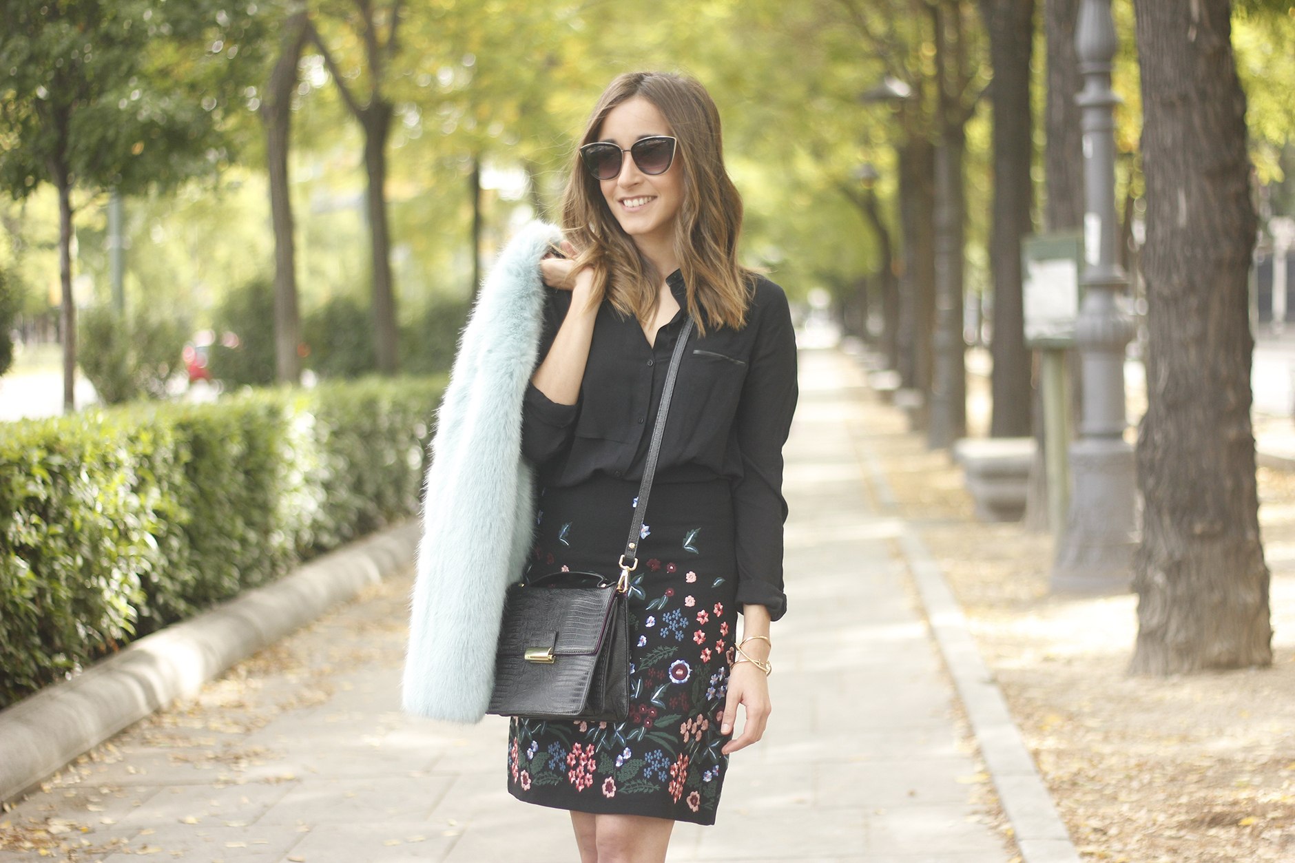 black skirt with flowers outfit16