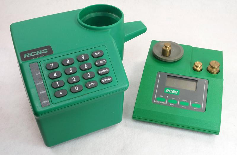 RD14599 RCBS PACT Electronic Digital Precision Powder Dispenser & Scale RD14598 DSC06341