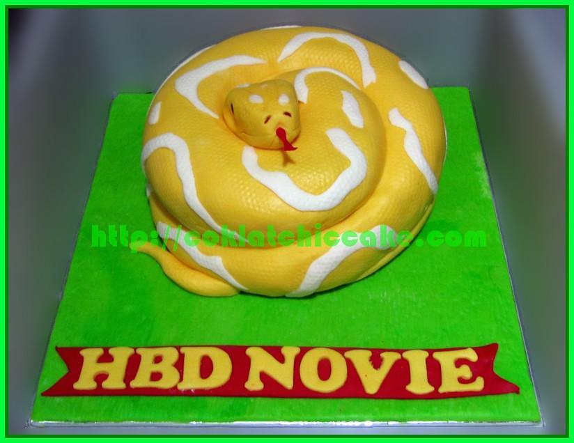 Cake Ular